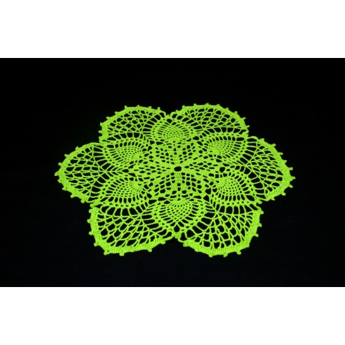 """Crocheted table doily """"Leaf"""""""